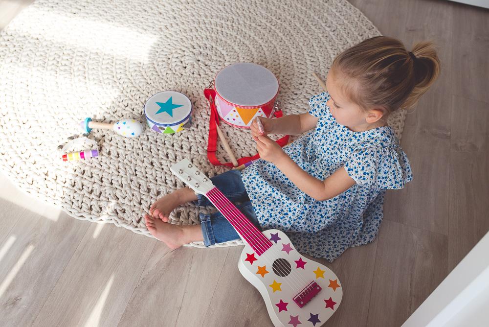drewniane instrumenty muzyczne dla dzieci, gitara jabadabado